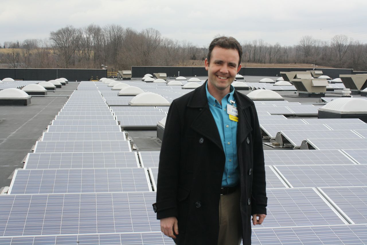 store-manager-stan-miller-on-roof-of-ohio-store-3784_130068837065606171