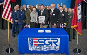 media-images-other-esgr-veterans-day-signing-2012-bill-simon_129973873635712357_300x190.jpg