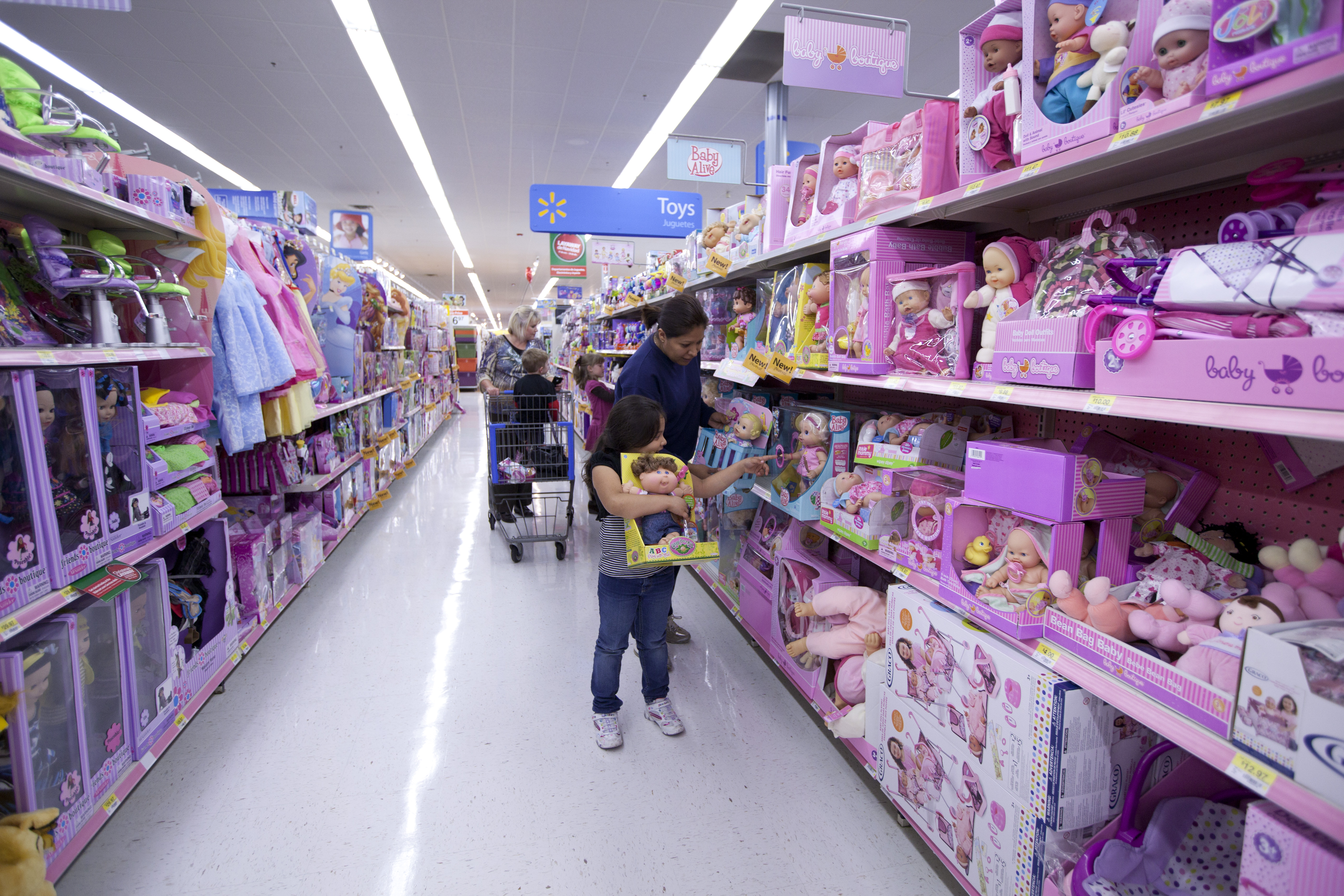 Toys At Walmart : Mother daughter shopping toys
