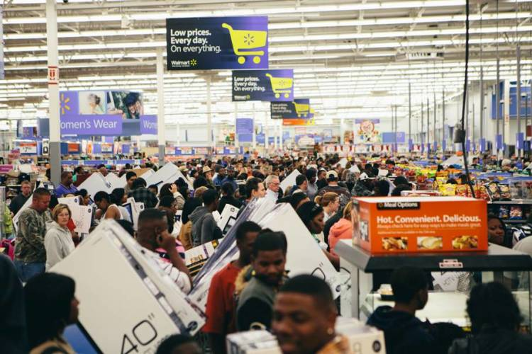 Walmart Shoppers on Black Friday