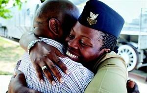 media-images-other-veteran-military-female-hugging_129871002914232460_300x190.jpg
