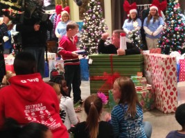 Walmart and  the Today Show bring Christmas to New Hope
