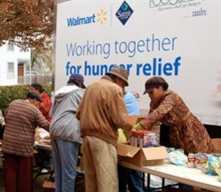 media-images-other-hunger-food-line-truck_129823501325418913_248x215.jpg