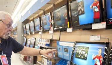 media-images-other-walmart-store-associate-electronics_129826393500682743_375x216.jpg