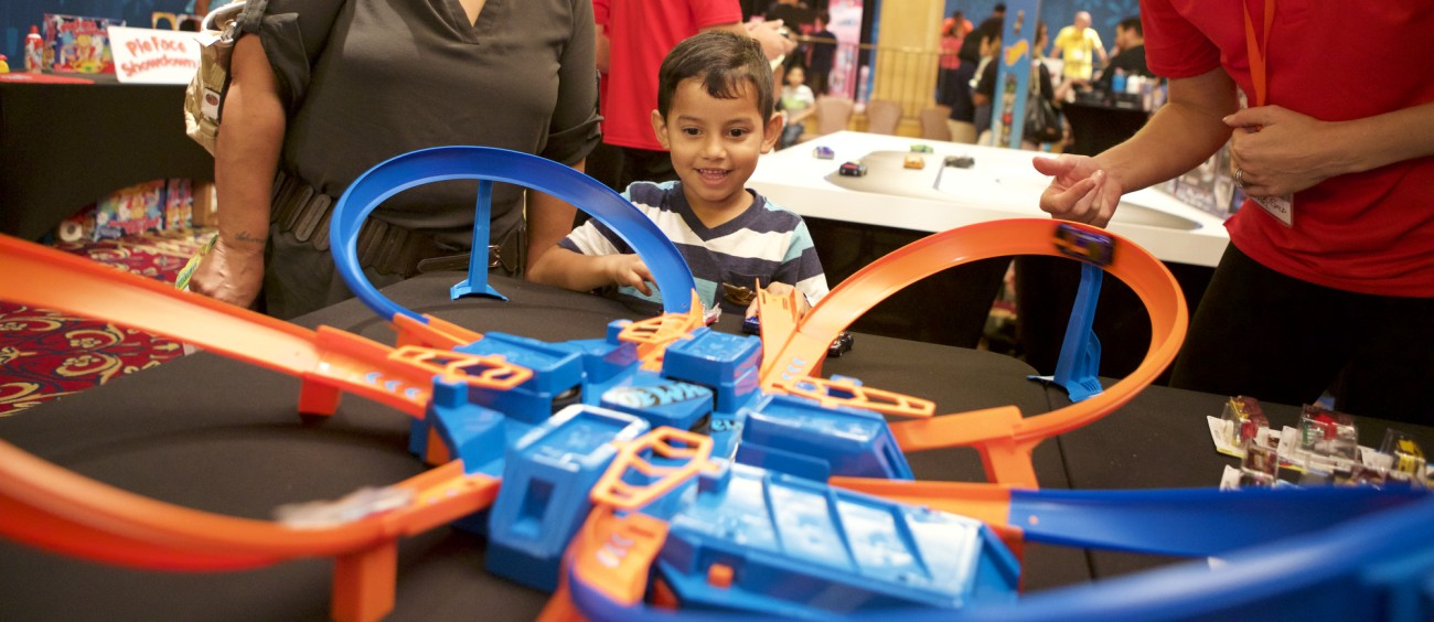 Walmart Christmas Toys For Boys : What s on kids holiday toy wish lists walmart unveils