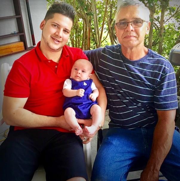 In the photos: Father: Raul Taura Son: Raul Taura Baby (3rd photo): Raul Taura