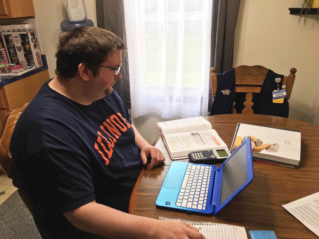 Associate Dustin studying