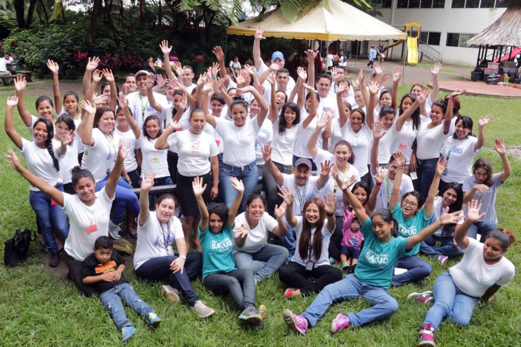 "Participantes del programa ""Mi Primer Empleo"" en El Salvador."