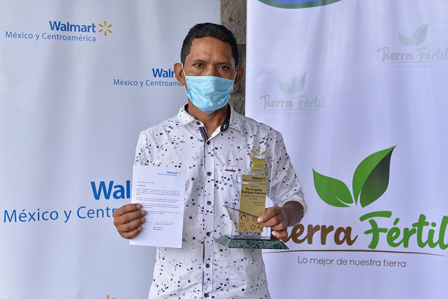 Entregan galardón al Mejor Proveedor Pyme Agrícola 2020