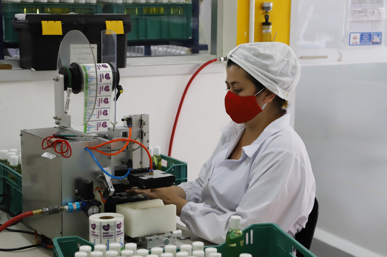 Pyme farmacéutica apostó por invertir y sus ventas crecieron hasta un 100% en la pandemia_2