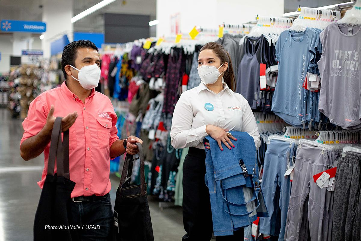 USAID y Walmart presentan alianza para el fortalecimiento de pequeñas y medianas empresas_2