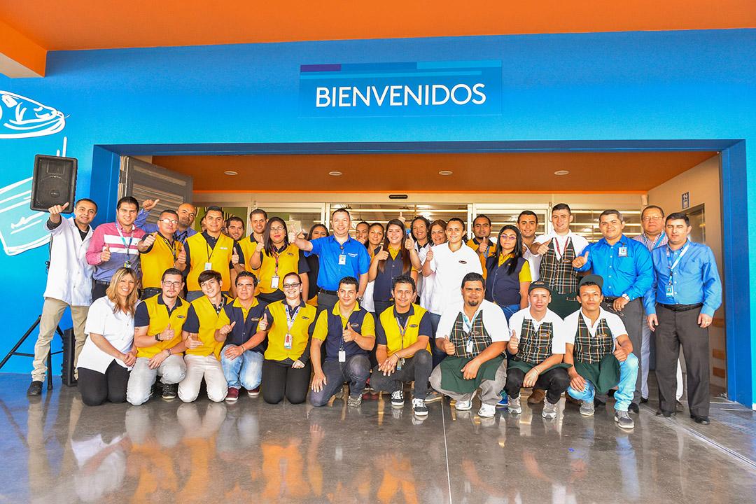 Apertura Masxmenos en San Isidro de Heredia