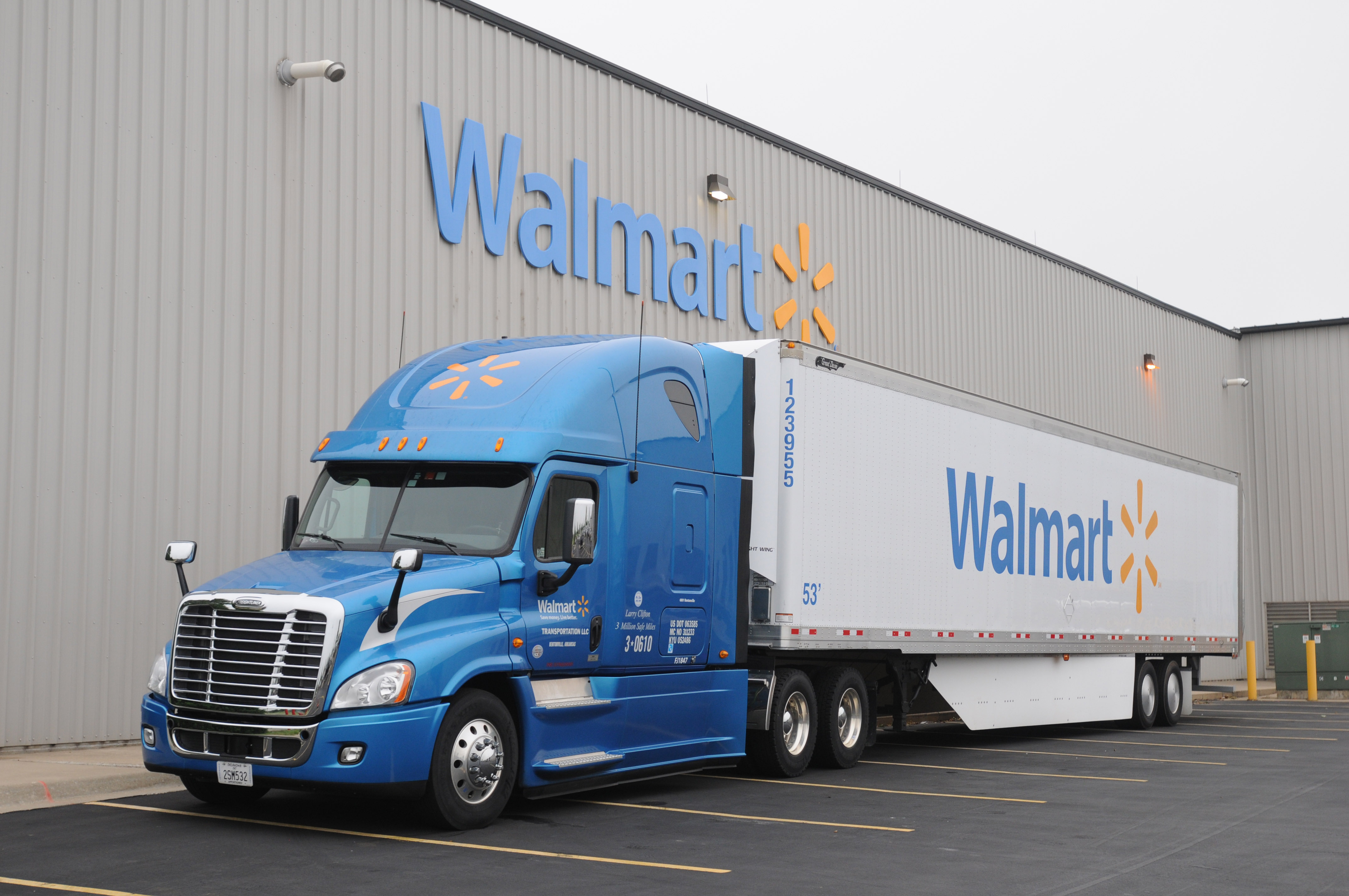 walmart truck and trailer. Black Bedroom Furniture Sets. Home Design Ideas