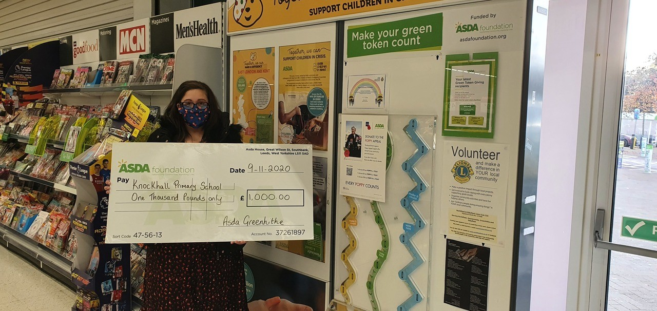 £1,000 cheque to school | Asda Greenhithe