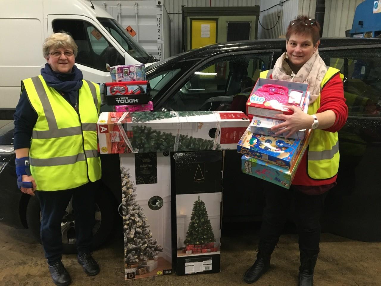 Supporting The Salvation Army at Christmas | Asda Swindon Haydon