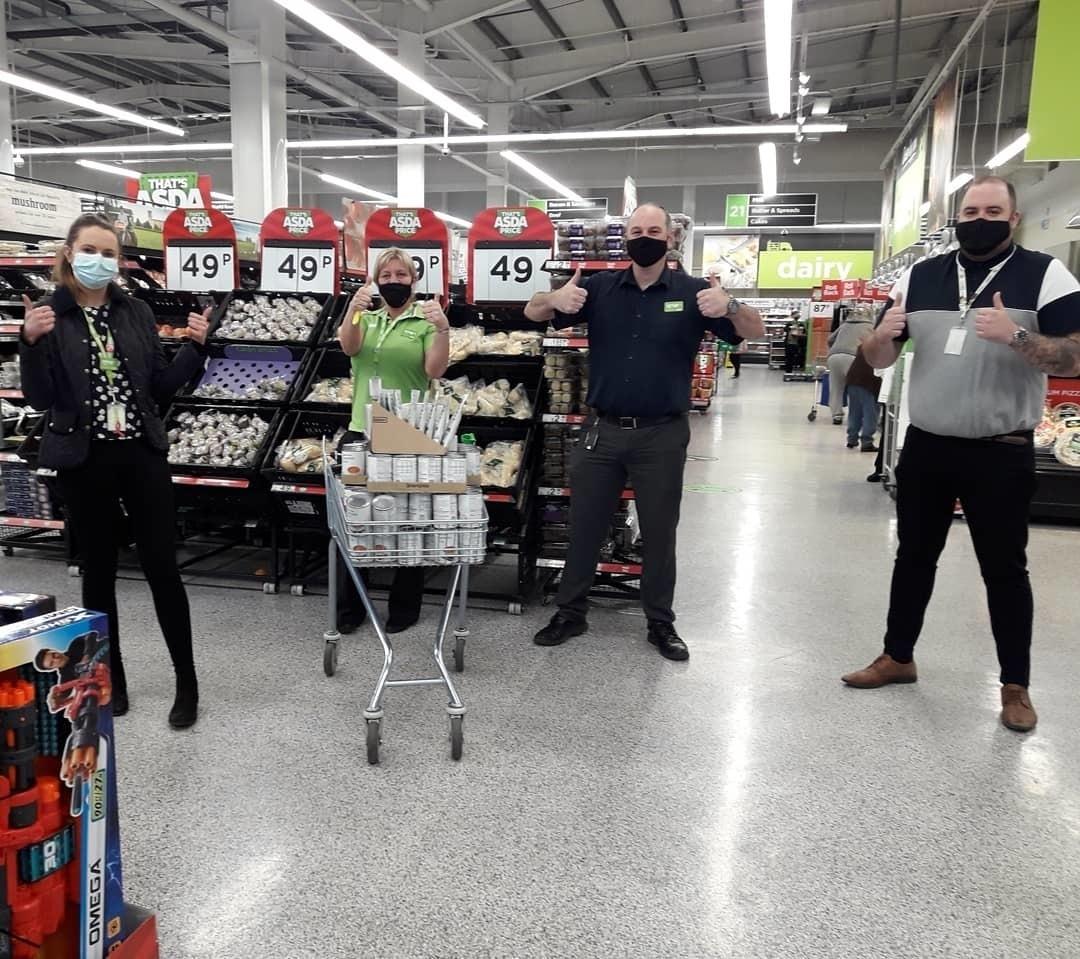 Generous colleagues support local food bank | Asda Reddish