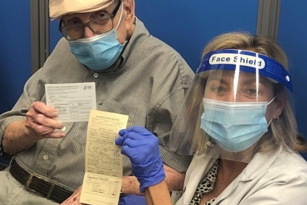 WWII Veteran with Covid-19 Vaccine Immunization Record at Sam's Club
