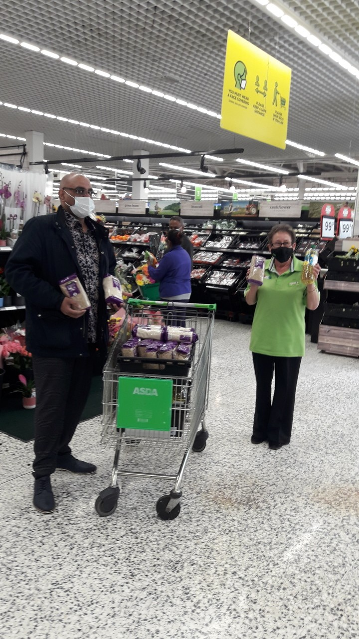 Amother Ramadam donation of oil and rice for ExcelChurch food bank to distribute out to the community during this celebration | Asda Wolverhampton