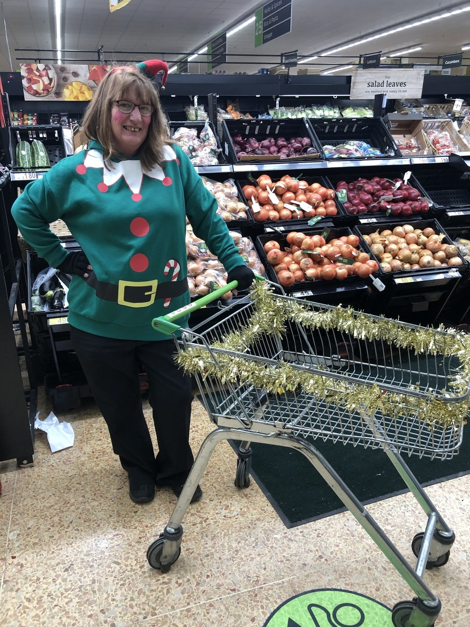 Asda elves spread festive joy and help charity | Asda Waterlooville