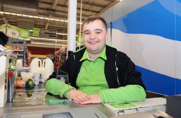 Amazing Asda Stenhousemuir colleague Andrew wins customer hero award