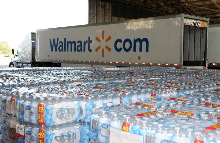 Semi_Truck_Water_Hurricane_Laura.jpg