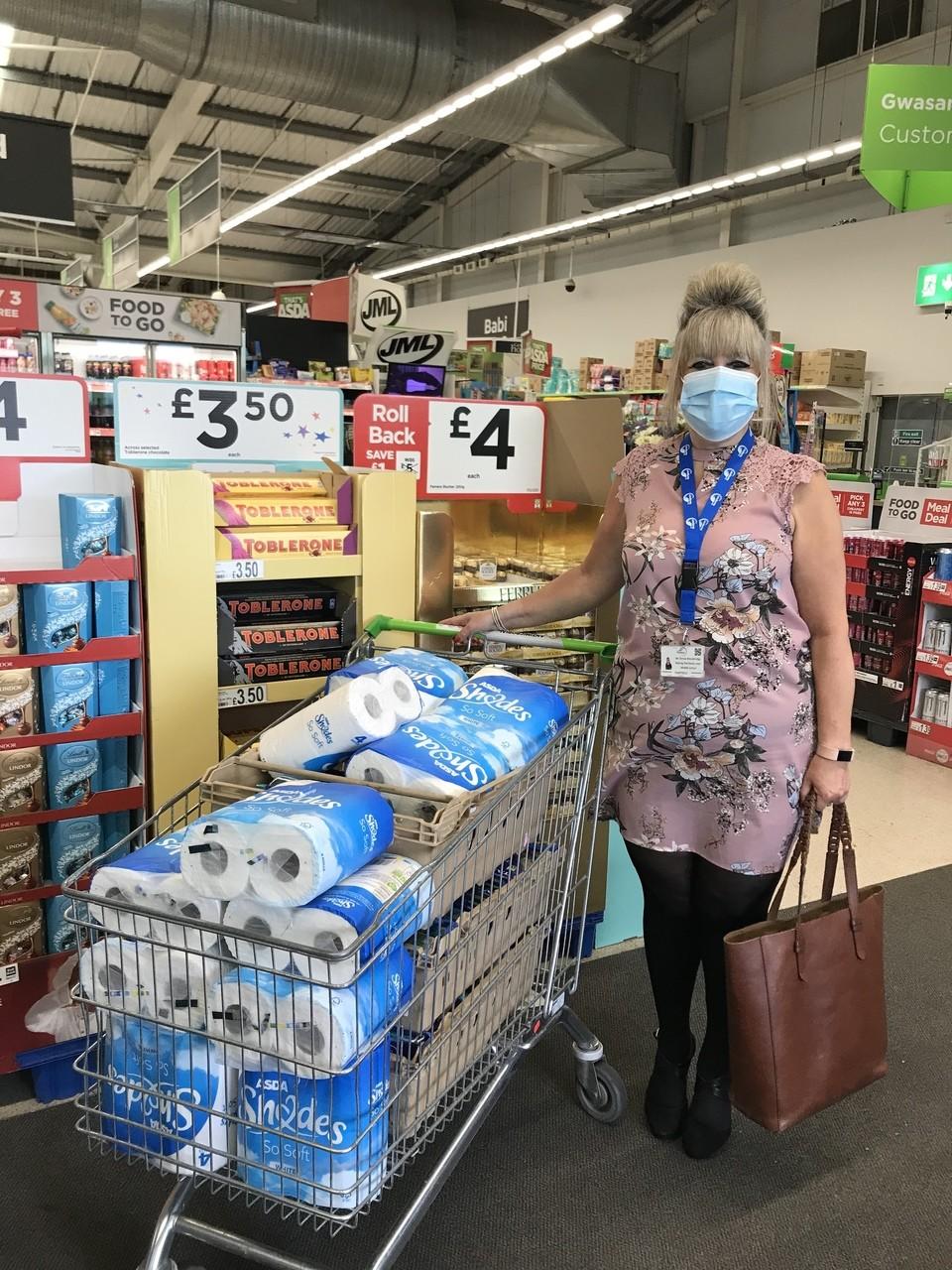 Foodbank donation | Asda Tonypandy