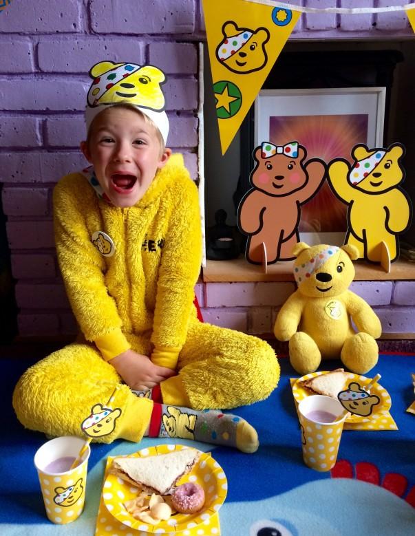 Rylee's Pudsey's Teddy Bears picnic