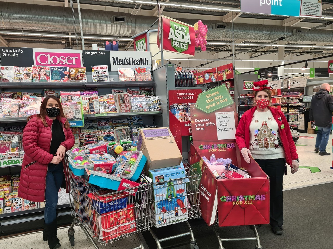 Thanks to all generous customers who supported our Christmas toy appeal | Asda Llangefni