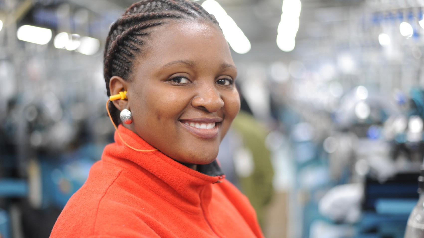 Supplier Opportunity/south-african-worker.jpg