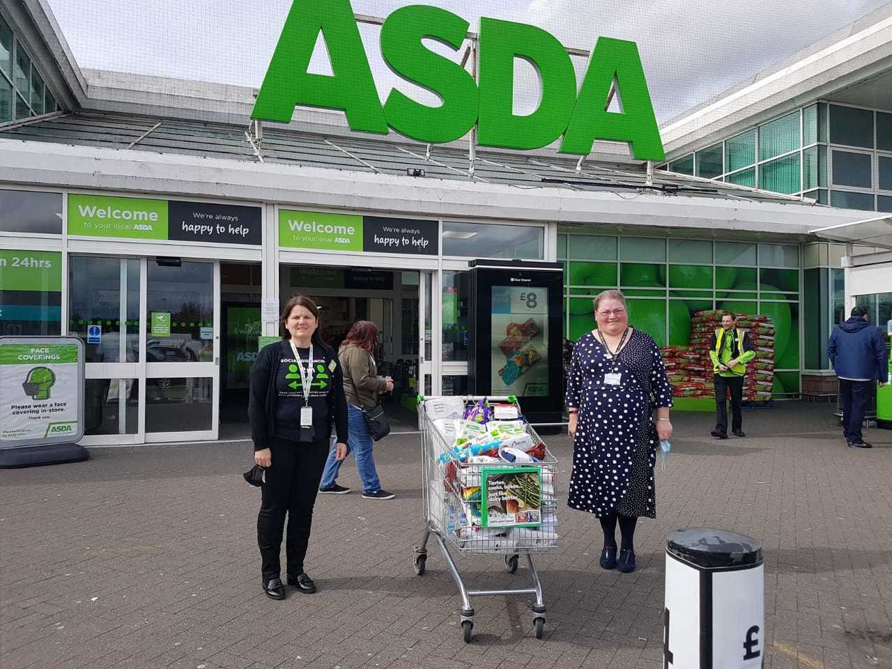Donation to Loanhead Primary School | Asda Kilmarnock