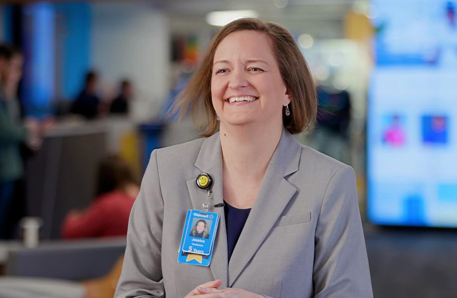Walmart Associate Jessica Huntsman