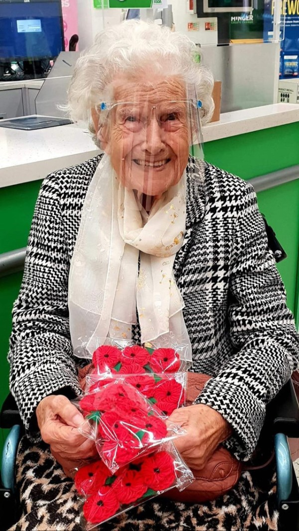 Asda Worcester customer Beatrice Furlong knits poppies for the Poppy Appeal