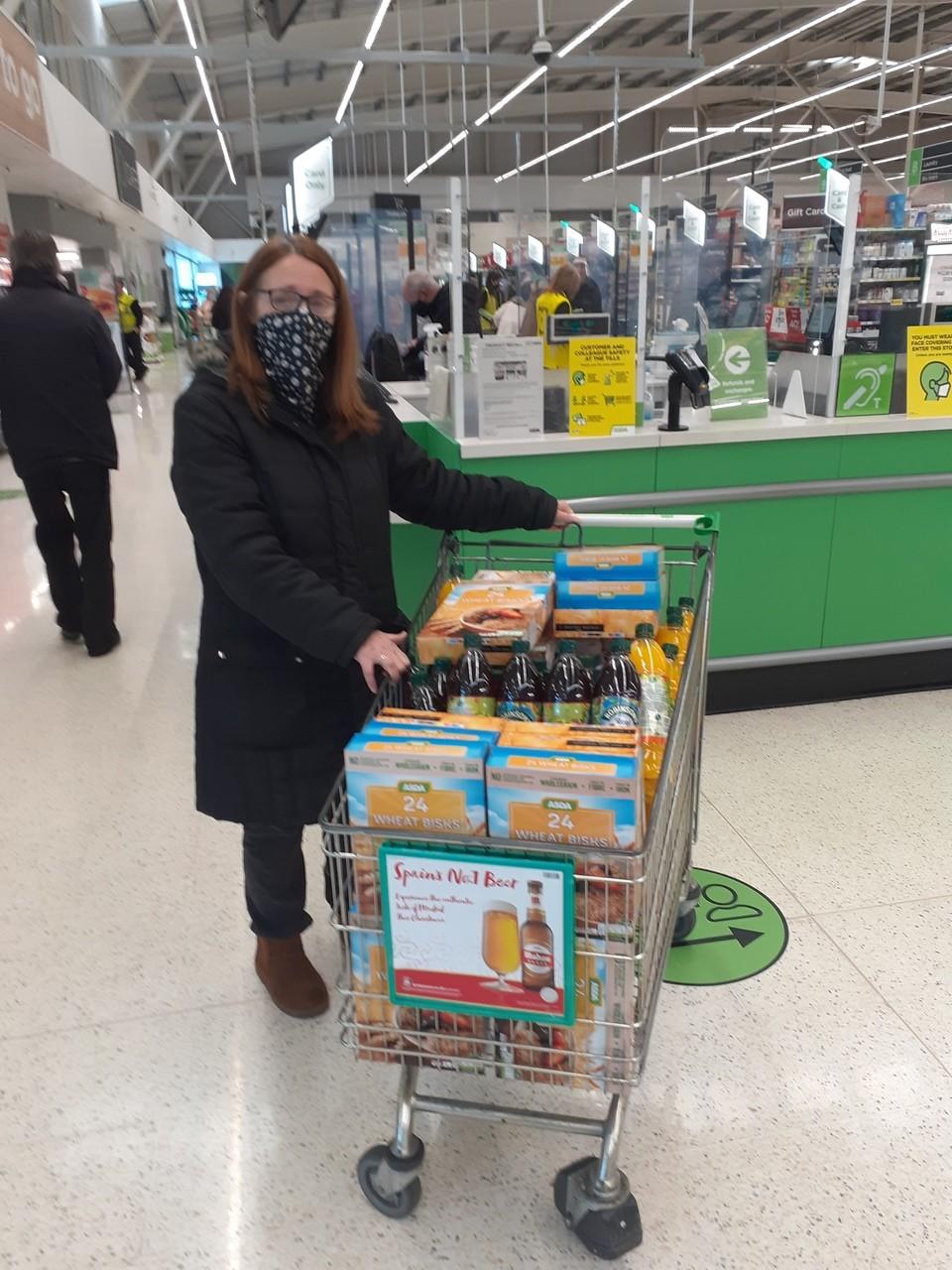 Feeding the community | Asda Sinfin