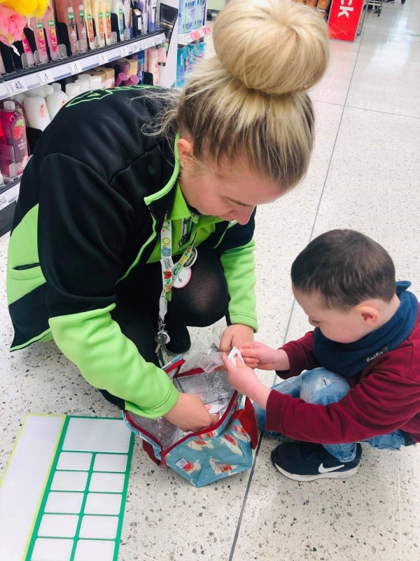 Little Lincoln loves shopping in Asda Rugby thanks to our brilliant Happy Little Helper lists
