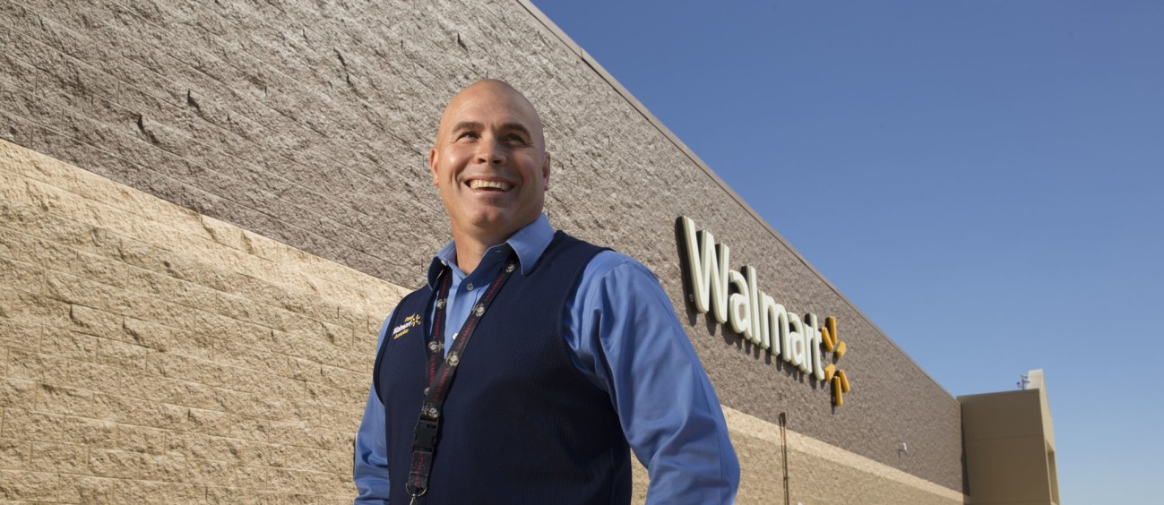 walmart market manager salary