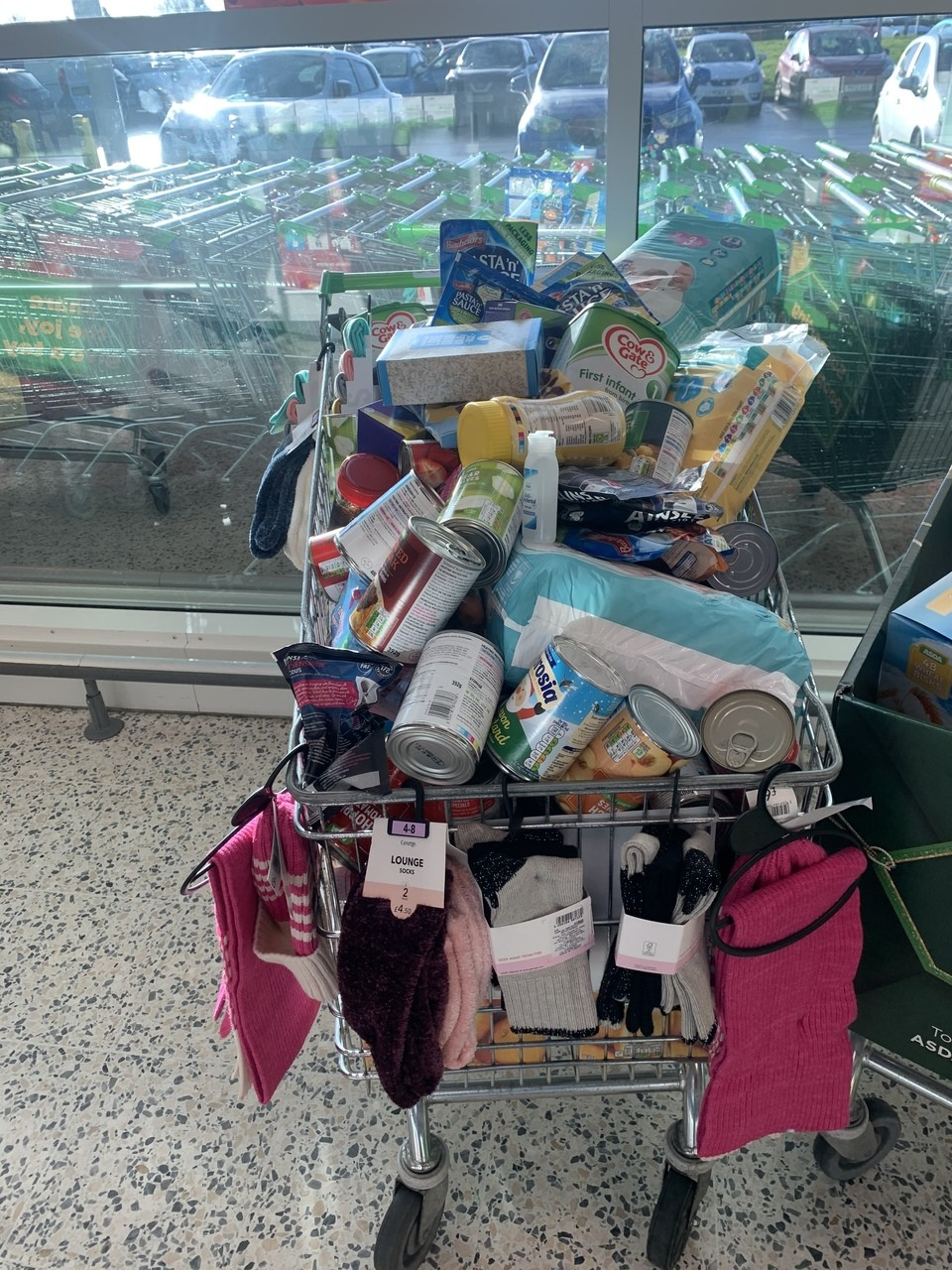 Gemma and Lauren donate to Leeds South and East Foodbank | Asda Middleton