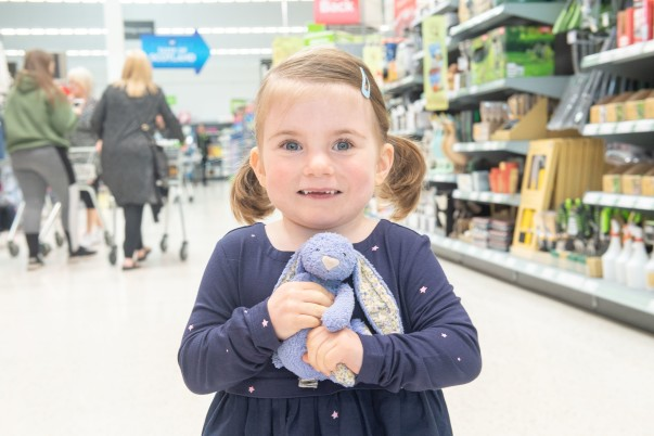 Little Violet MacIntosh is reunited with the bunny she lost in Asda Leith