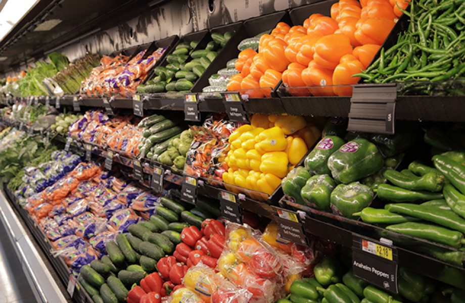 Neighborhood Market_fresh produce display