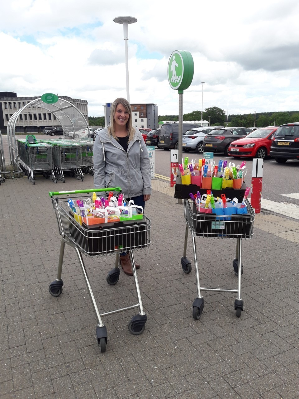 Dyce Primary School donation | Asda Dyce