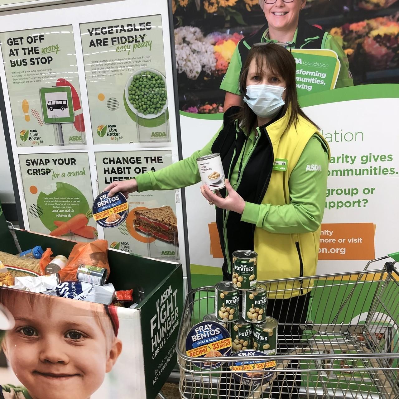 Generous customer helps food bank | Asda Waterlooville