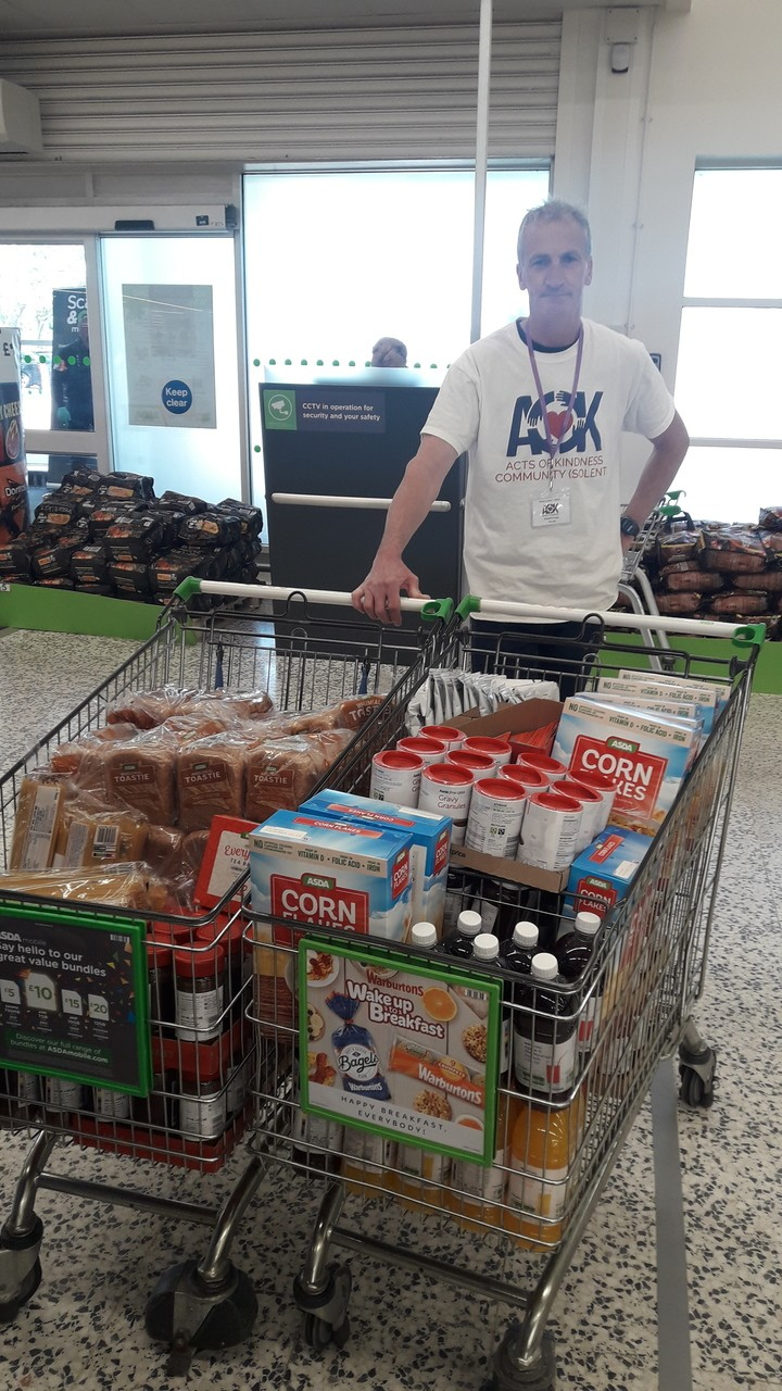 Acts of Kindness helping local food bank | Asda Fareham
