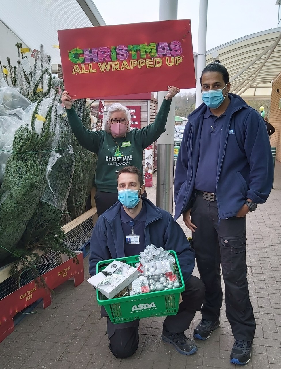 Spreading some Christmas cheer | Asda Donnington Wood