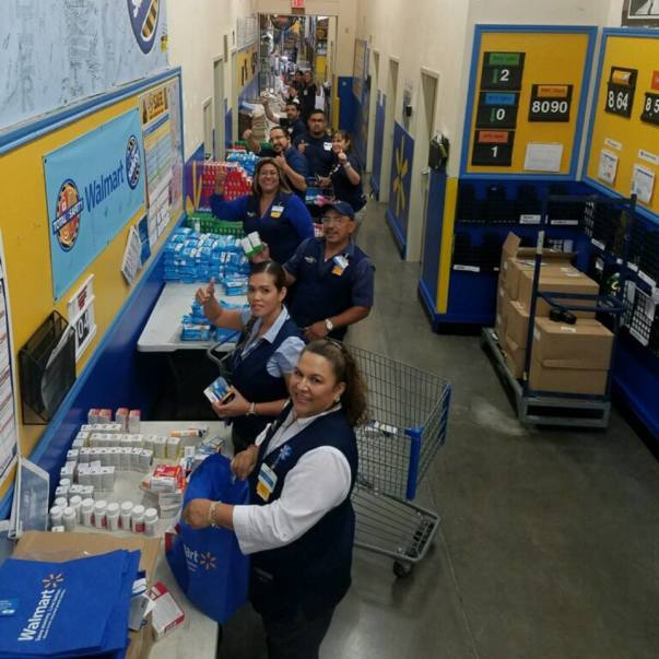 Associates in store 447 in Del Rio, Texas, helping with Hurricane Harvey relief