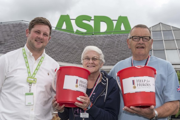 Army veteran Sash Hill from Asda Fulwood with volunteers from Help for Heroes
