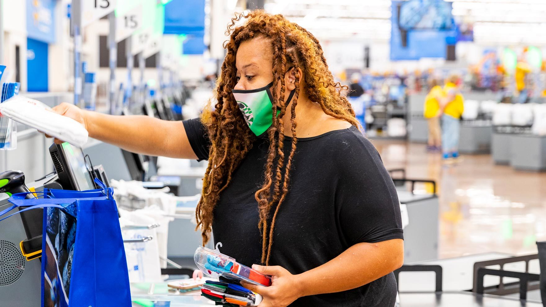 ESG Approach/customer-checkout.jpg