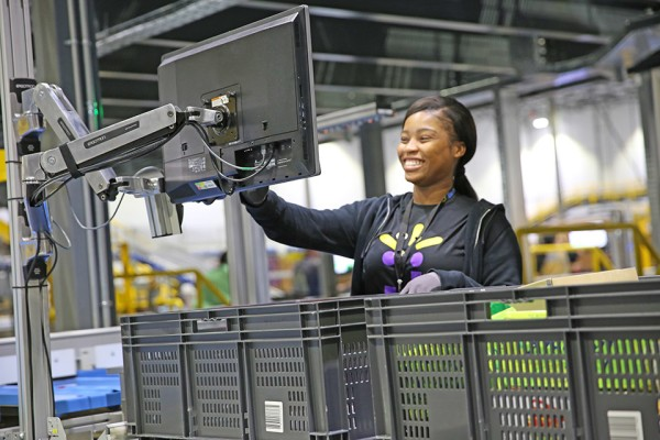 An associate helping to fulfill an eCommerce order