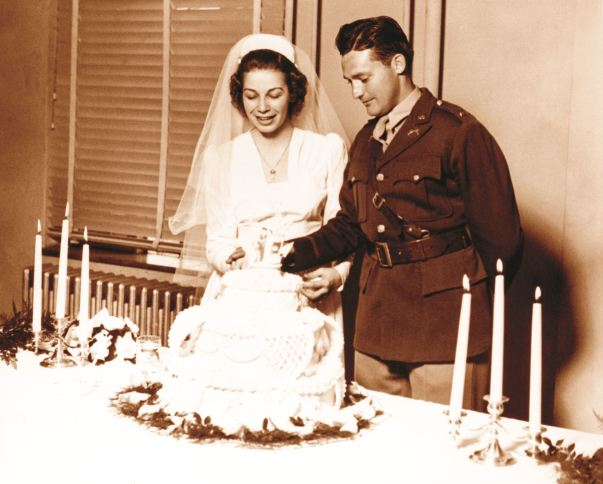 Sam And Helen Walton Cutting Their Wedding Cake