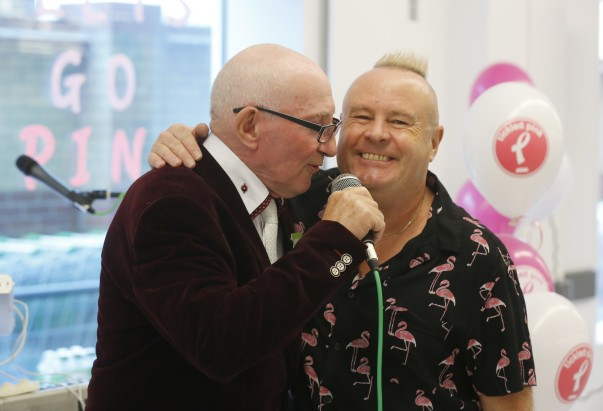 Asda singing porter Sid with Ian Parker from The Hollies