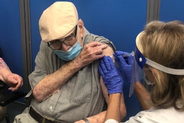 WWII Veteran getting a COVID Vaccine at Sam's Club