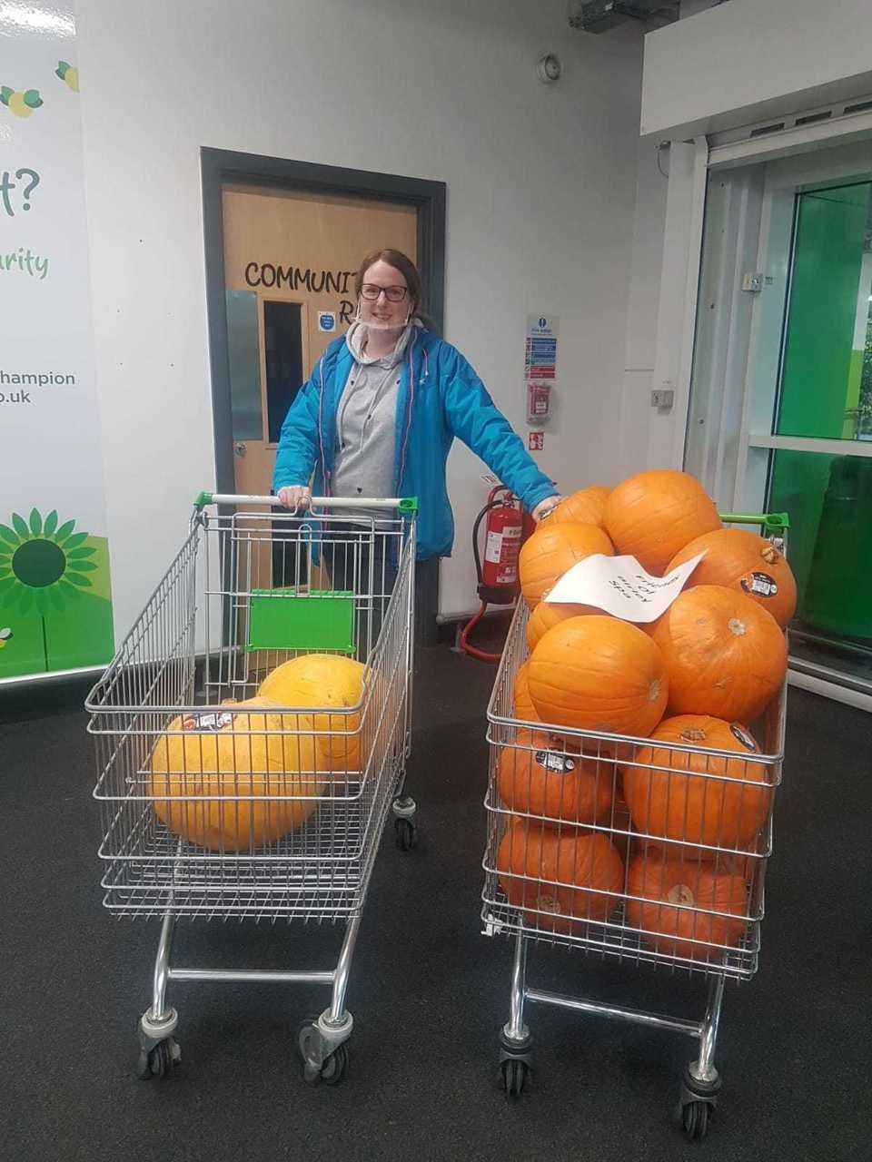 "Donating pumpkins to ""Friends of Birley Spa"" for their Pumpkin trail 